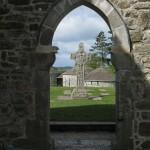 Hochkreuz im Kirchengang