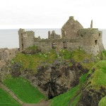 Burgruine auf den Klippen